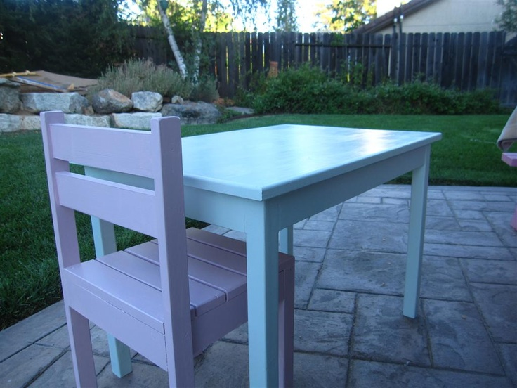 22 best diy kid table chairs images on pinterest child desk kiddo table and chairs do it yourself home projects from ana white solutioingenieria Choice Image