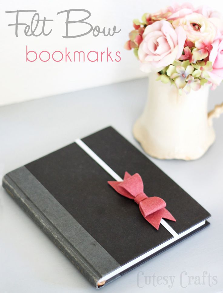 Felt Bow Bookmarks. Uses a die machine to cut bows.  ? Adapt to hand cut?