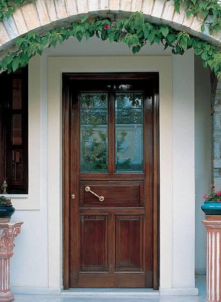 Exterior classic wooden door by interSCALA!