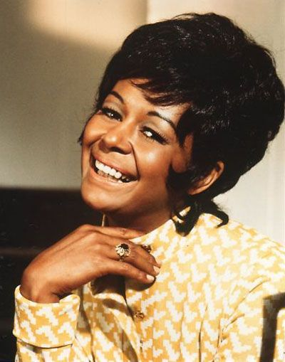 ThrowBLACK Thursday: Gail Fisher – 1st Black Actress to Win an Emmy   NathanHaleWill.com   Love, Life & Entertainment