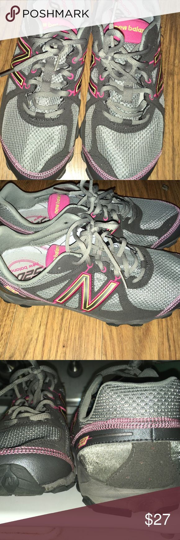 New Balance 520 New Balance pink and gray 520 running shoes in good condition they are wide width New Balance Shoes Sneakers