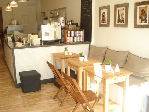 Best 25+ Small coffee shop ideas on Pinterest | Small cafe design ...
