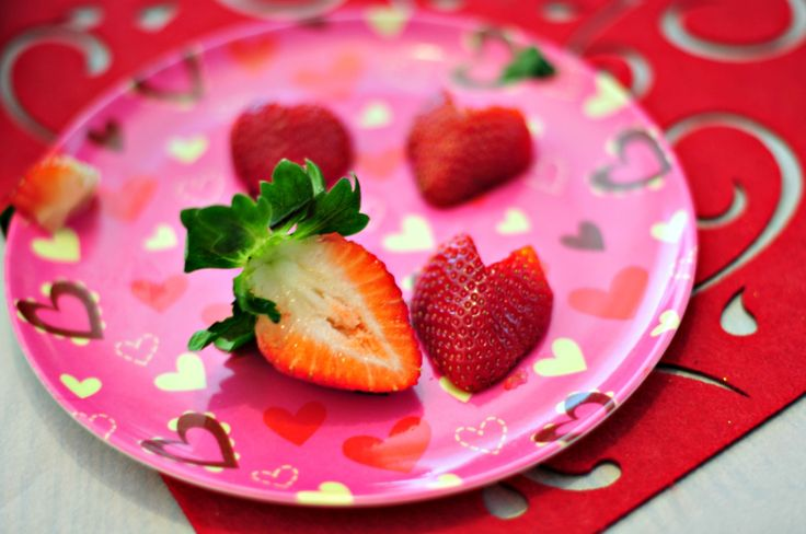 Valentine's Day Treat – Strawberry Hearts