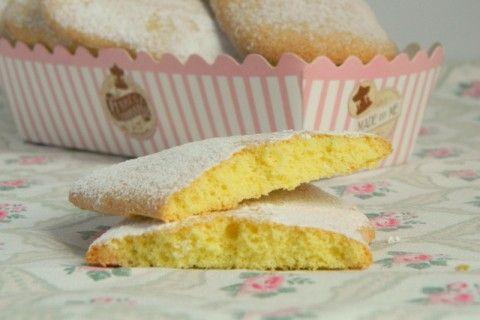 Caporali. Fate al più presto questi semplici biscotti perché sono buonissimi. Sanno di ricordi...