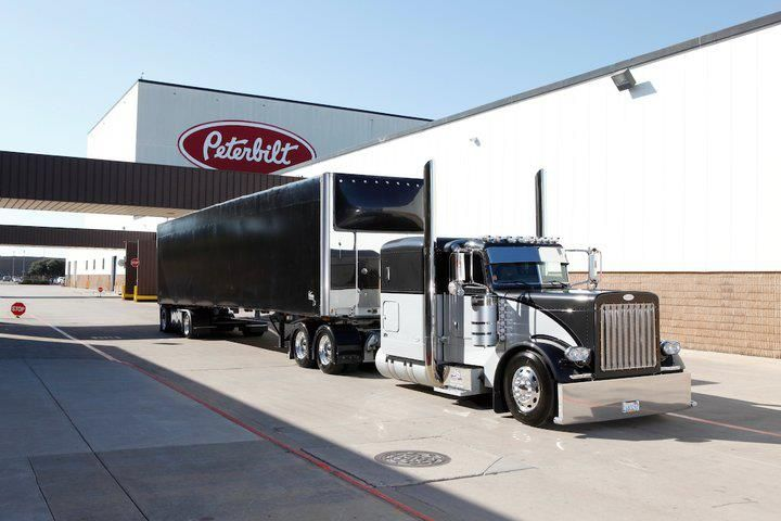 Awesome customized Peterbilt truck with co-ordinating trailer. Looks great!