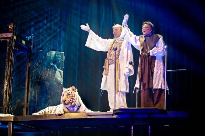 Siegfried & Roy announce death of their beloved Montecore - Las Vegas Sun News My sympathy to both Siegfried & Roy.