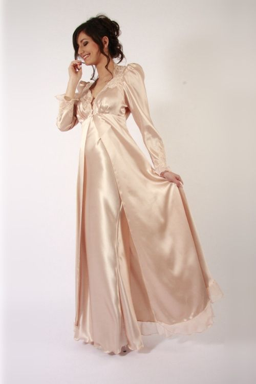 Liliana Casanova Victoire Long Silk Robe Fotomania Pinterest And Satin