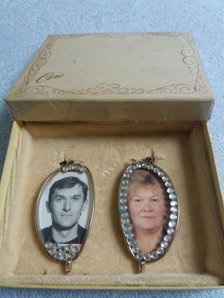 Nagymamám régi szemüvegébe ragasztottam a képét és apumét.