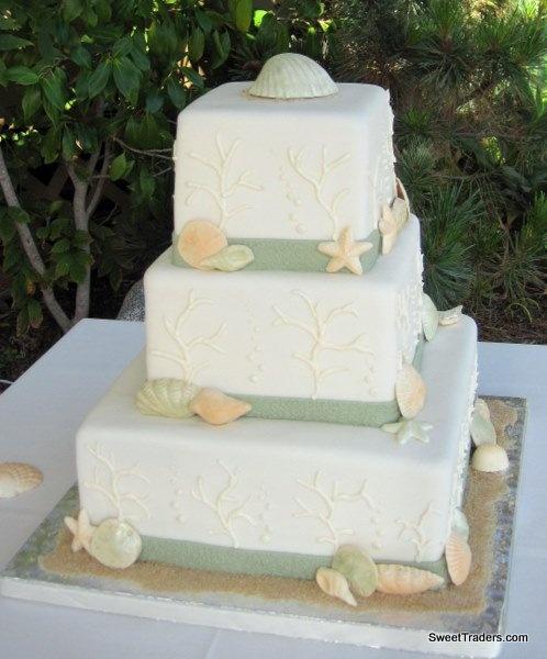 Spring Summer Winter Green Ivory Orange Square Wedding Cakes Photos & Pictures - WeddingWire.com