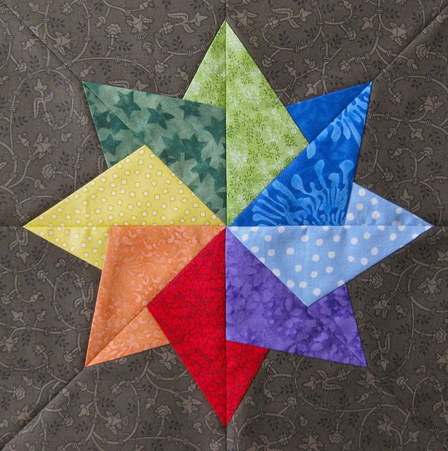 Paper pieced rainbow star!  SWEET!  (great pic, but I need to find the original pattern)