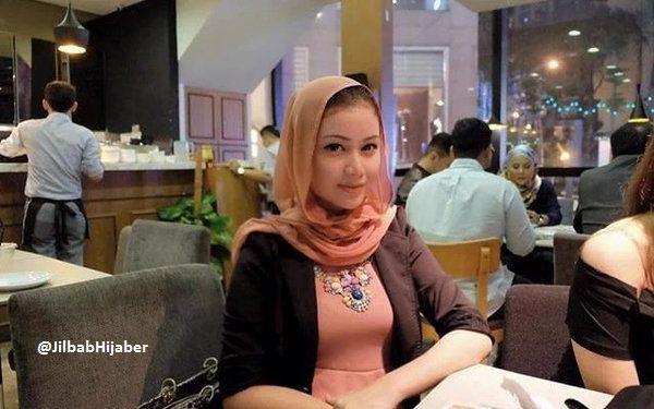 Koleksi video photo gadis berjilbab cantik, curhat cewek berkerudung,