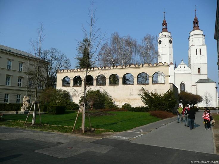 Švédská zeď a kostel sv.Martina