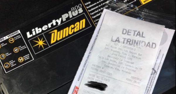"""[FOTO] ¡GRACIAS AL SOCIALISMO! Este es el precio """"JUSTO"""" de una batería en Venezuela"""