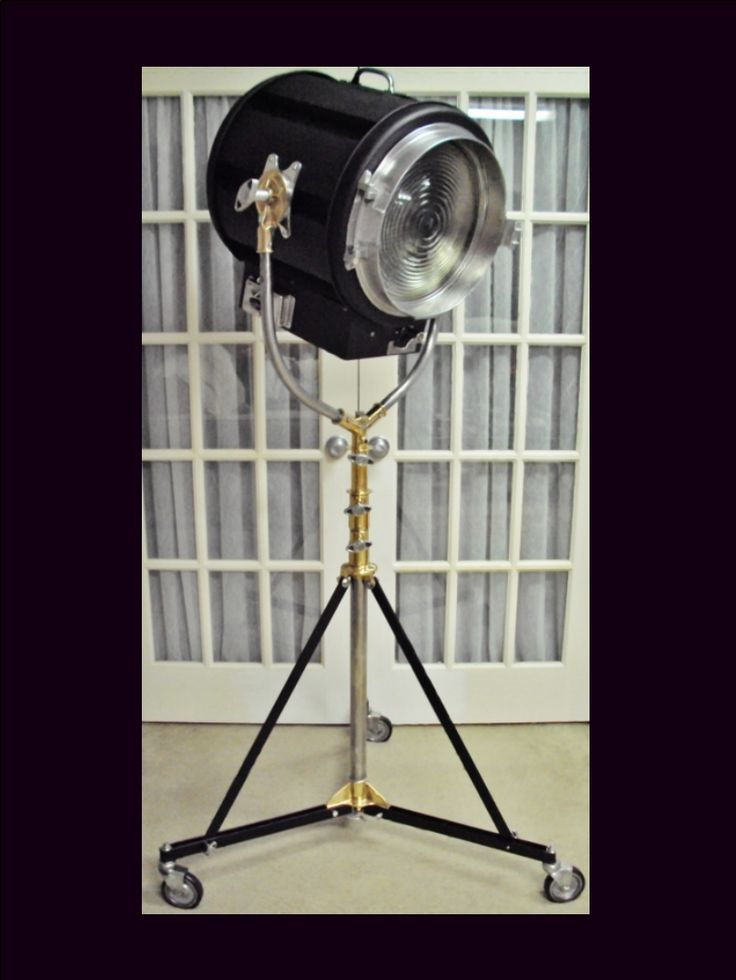 Totally restored Vintage Mole-Richardson, Type 415, Senior Solarspot Fresnel, 5K (5,000 Watts) mounted on a totally restored Vintage Mole-Richardson Type 41494 Senior Size Standard Stand