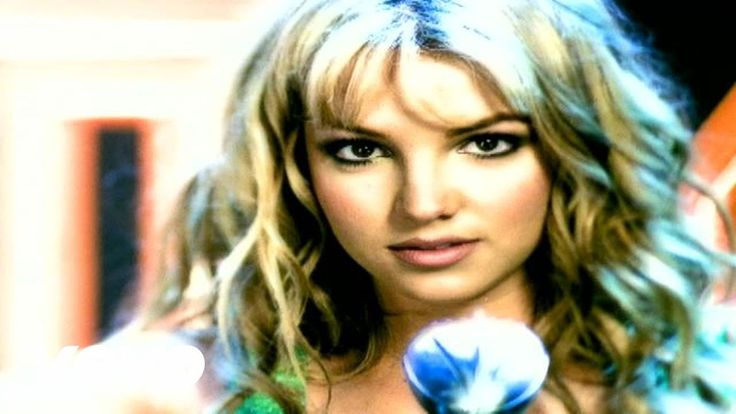 Britney Spears - (You Drive Me) Crazy - YouTube