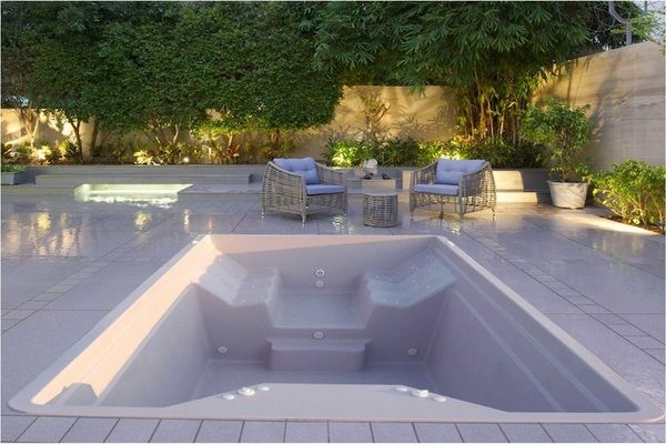 We build hydromassage tubs manufacturers some of the industries healthiest most therapeutic hydromassage tubs including free standing jetted tubs, hydrotherapy spa baths and more, in Romania, on the roof of buildings with a gorgeous panorama of the city.Schmidt Exclusive Designing was birthed from the beauty and spiritual harmony concept inspired by a delicate ideea.