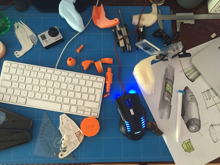 You can see here my typical worksspace including drawings, foam models, first designs and errors. The link to my 3Dhubs profile is added