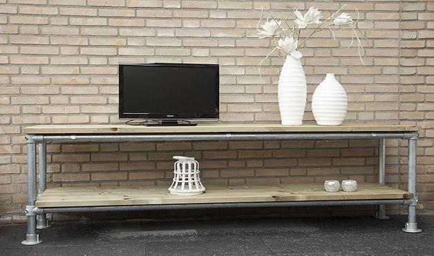 http://www.eigentijdsedesignmeubelen.nl/wp-content/uploads/2013/07/Steigerbuis-TV-Meubel.jpg