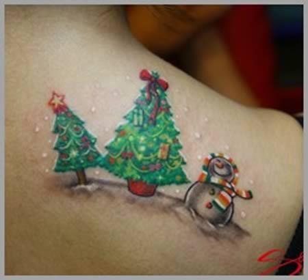 10 Craziest Christmas Tattoos (santa tattoos, santa tattoo) - ODDEE