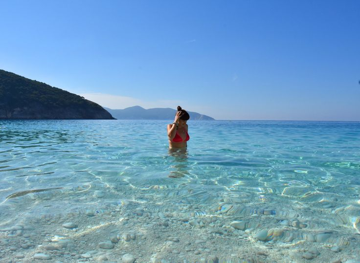 The largest island of the archipelago of the Ionian islands and at the same time least known to tourists. Discover Cephalonia!