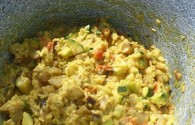 Zöldség curry bográcsban