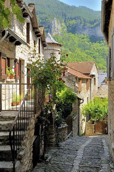 Sainte-Enimie, Languedoc-Roussillon                                                                                                                                                      Plus
