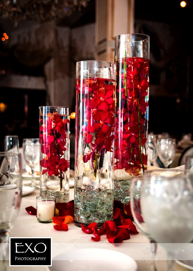 25 best ideas about red wedding centerpieces on pinterest gothic wedding ideas red rose for Images of decoration pieces