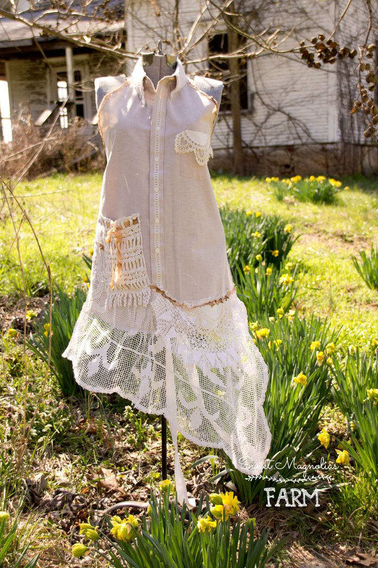White lace apron wedding - Farmhouse Shirt Apron Vintage Linen And Lace Full Ladies Rustic Romance Wedding