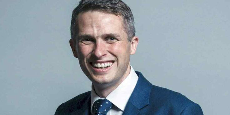 "Top News: ""UK POLITICS: Gavin Williamson Biography"" - https://i0.wp.com/politicoscope.com/wp-content/uploads/2017/11/Gavin-Williamson-UK-POLITICS.jpg?fit=1000%2C500 - Gavin was born in Scarborough on 25th June 1976. Prior to entering Parliament Gavin was much involved in manufacturing having turned around a Staffordshire pottery. Until May 2010, when he first became MP for Staffordshire South, Gavin was the Managing Director of an architectural design practice which has been"