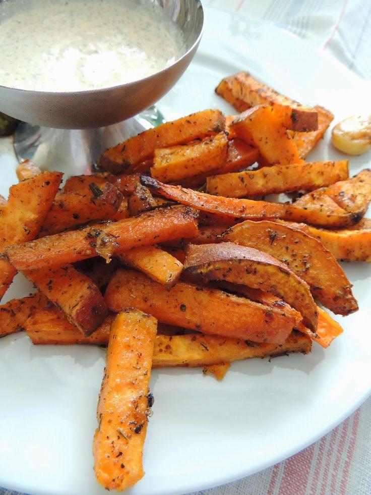 Swiat Mojej Kuchni: Zapiekane słodkie ziemniaki z rozmarynem.