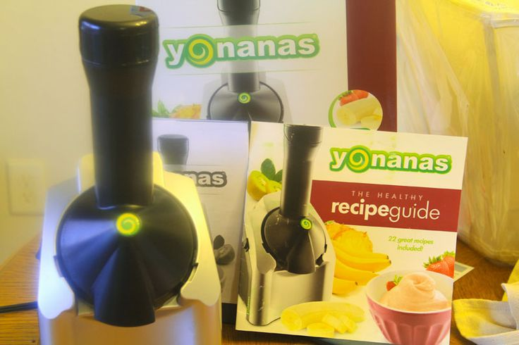 Tips/recipes for using yonanas machine, including raspberry spinach sorbet and using pumpkin purée ice cubes!