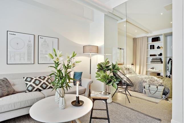 Un apartamento muy luminoso…sencillo y brillante, es otro de esos apartamentos que se encuentran en un edificio, en los que su arquitectura juega un papel