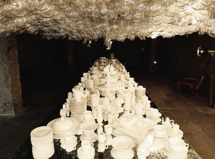 젠틀몬스터 18번째 퀀텀 프로젝트 'THE TABLE' 1