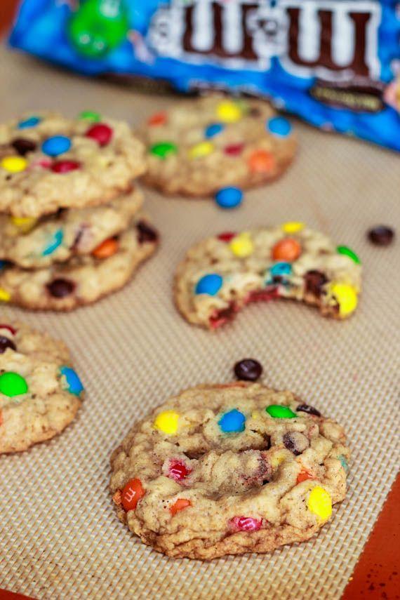 Chewy Oatmeal MM Cookies: Oatmeal Cookies, Chewy Oatmeal, Baking Addiction, Mm Cookies, Oatmeal Mm, Oatmeal M M, Cookies Recipe, M M Cookies, Favorite Recipe