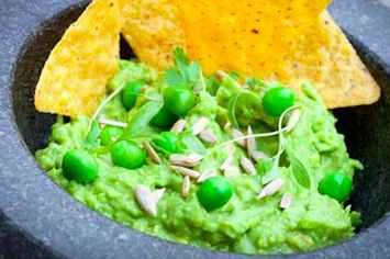 "The ""New York Times"" Suggested We All Make Guacamole With Peas And The World Is Freaking Out"