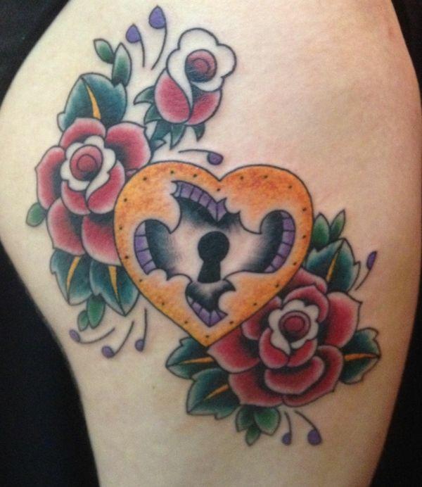 tattoo motive herz schloss arm tattoos rosen