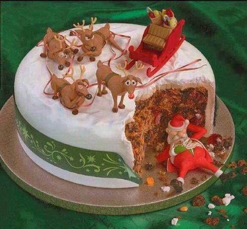 kersttaart met dronken kerstman...