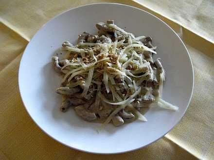 Maccheroncini con farina di castagne con raspe di Asiago e noci  http://www.asiagocheese.it/it/asiago-network/amici-asiago-dop//scheda-utente-network/ricetta-network/maccheroncini-con-farina-di-castagne-con-raspe-di-?id=128/  #Asiago #AsiagoCheese