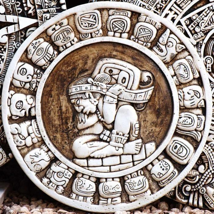 Bonjour, voici un petit article pour vous présenter les pierres qui correspondent le mieu à votre signe astrologique, chacune d'elles aura un rôle différent (porte bonheur, confiance en soi, etc....), si vous souhaitez en savoir plus ou vous faire monter un joli bijou avec l'une d'entre elles, n'hés...