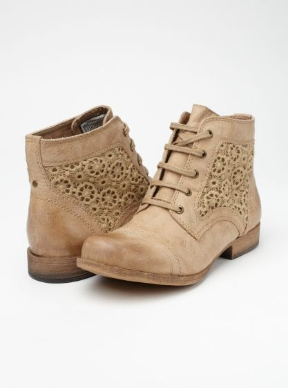 Sloane Boots - Roxy: Shoes, Fashion, Style, Clothing, Ankle Boots, Eyelet Boots, Cute Boots, Sloan Boots, Roxy Sloan