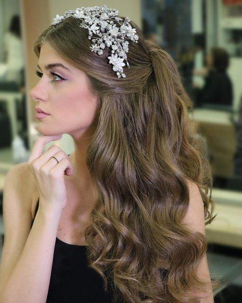 Pin By زهراء البركاتي On تسريحات Bride Hairstyles Hair Styles Ginger Hair Color