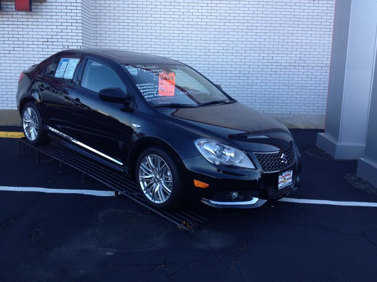 2013 Suzuki Kizashi SLS AWD, leather, moon roof, navigation with under 150 miles. Comes with a 7 year, 100,000 mile For the best deal on wheels call Jim Zim @ 203-783-5850 ext 1308