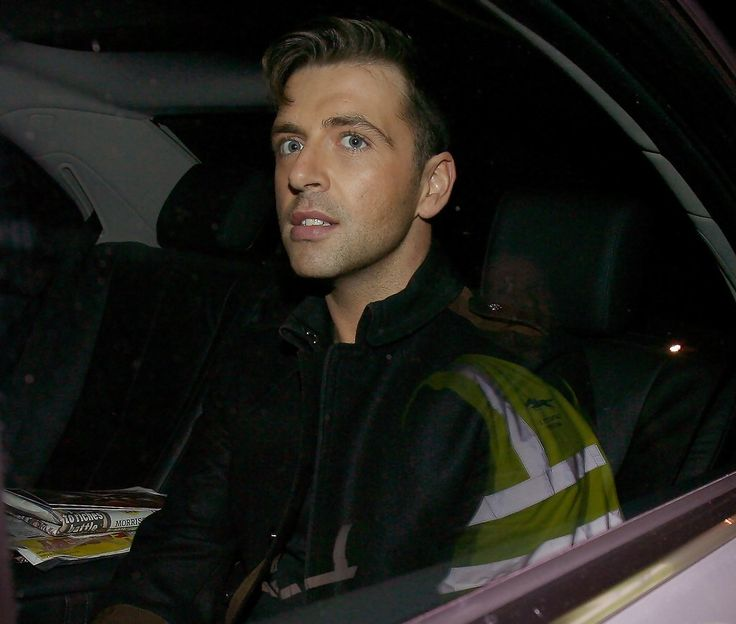 Mark Feehily Photos Photos - Westlife singer Mark Feehily leaves the X Factor studios after the sunday night live results show where hip hop girlband, Miss Frank, were eliminated from the competition. -  Kian Egan leaves the X Factor studios, London