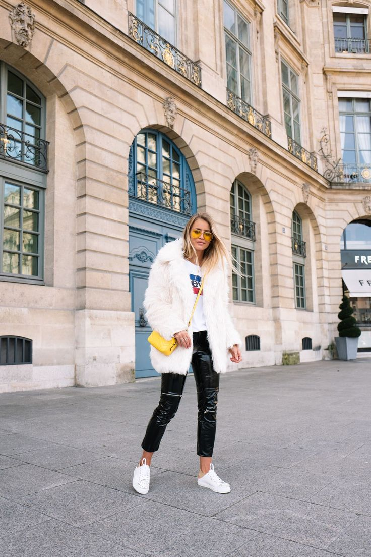 7 Outfits To Steal From Paris Fashion Week