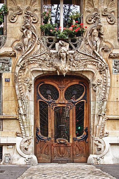 29 avenue Rapp 7th arrondissement Art Nouveau - Paris, France