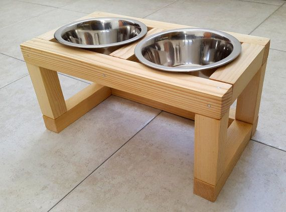 triple wood raised pet feeder dog feeding station cat feeder made of recycled wood with three elevated stainless steel food bowls
