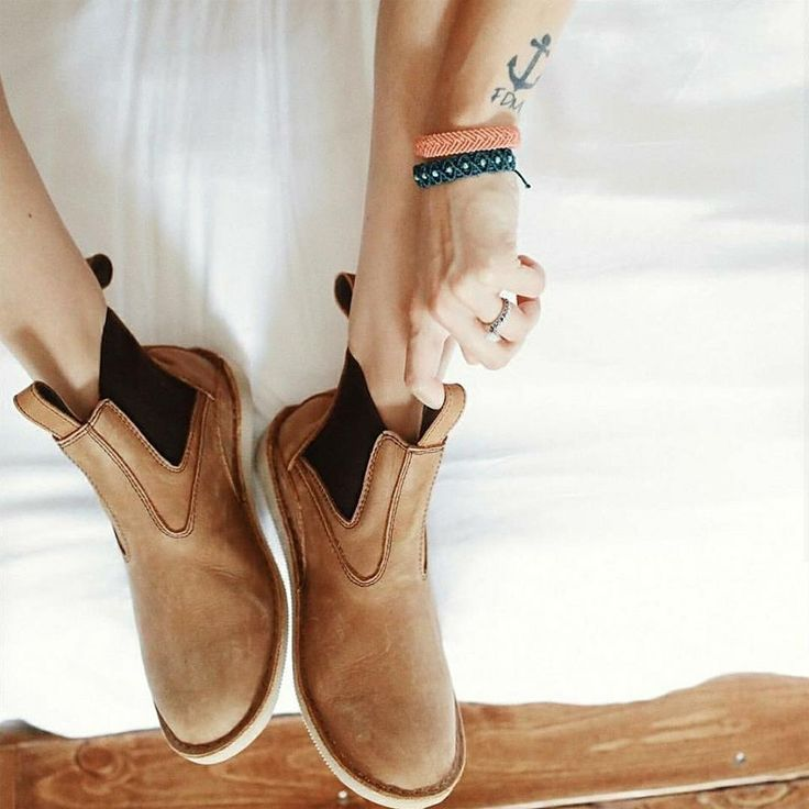 In our search for ethical brands, we've compiled a list of our favorite footwear brands producing ethically made shoes that range in function, style and price. From hiking and running, to work, or a night out, these brands make it easier to fill your closet with ethical, high quality staples for eve