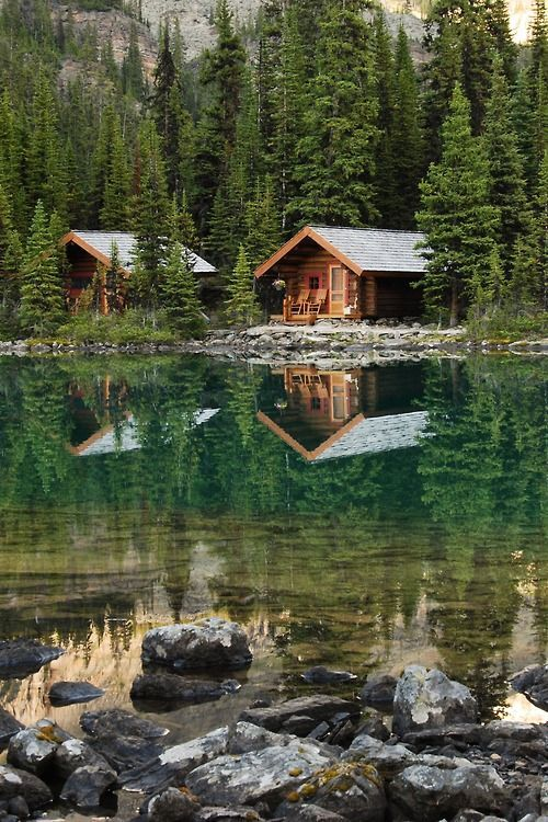 cabin reflection lake o hara canada british columbia