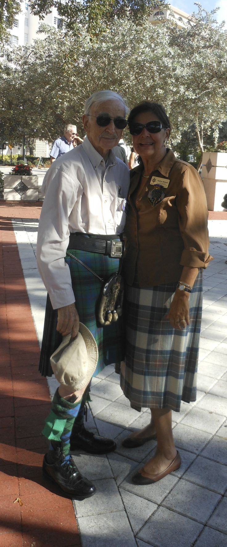 Caledonian Club of West Florida members John & Pauline Mitchell at the point of landing in 1885 of the Scot founders of the City of Sarasota