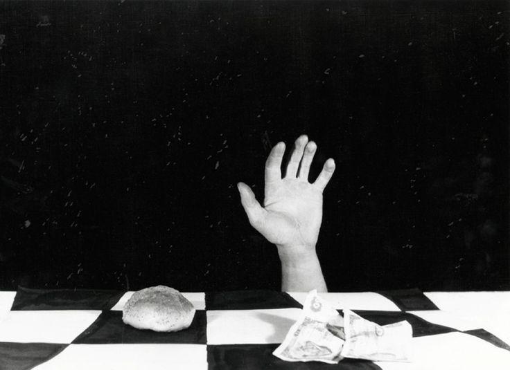 "Anna Orłowska, ""Leopard"", z serii ""Leakage"", 2011, fot. galeria Asymetria 6. Anna Orłowska, Bez tytułu, 2013"